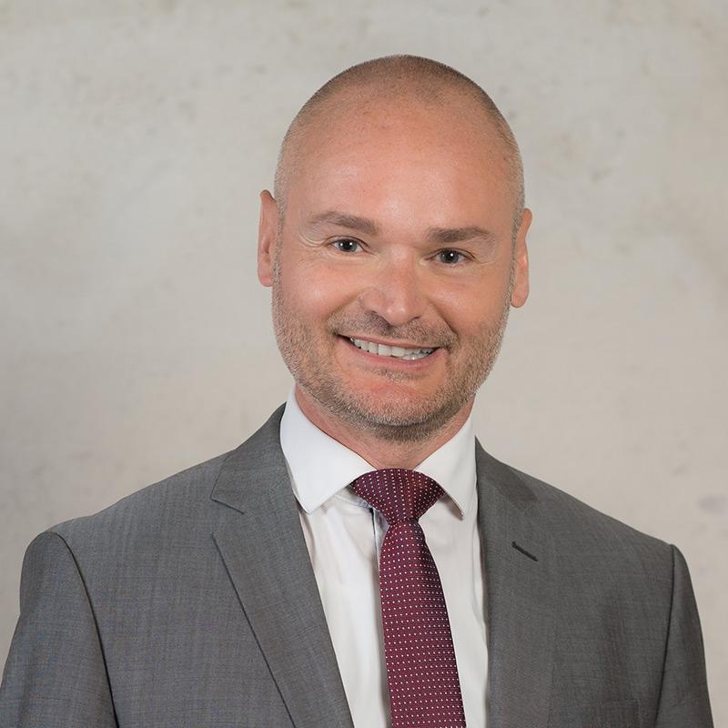 Dr. Cristian Kollmann