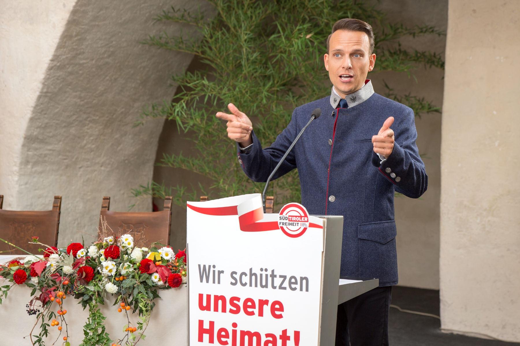 """ArchivFreiheit TV: """"Menschen ersticken im Verkehr!"""""""