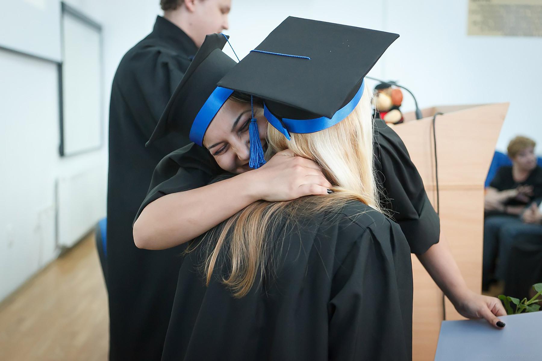 Beschlussantrag (Mit Ergebnis)Gültigkeit von Studientiteln in Süd-Tirol