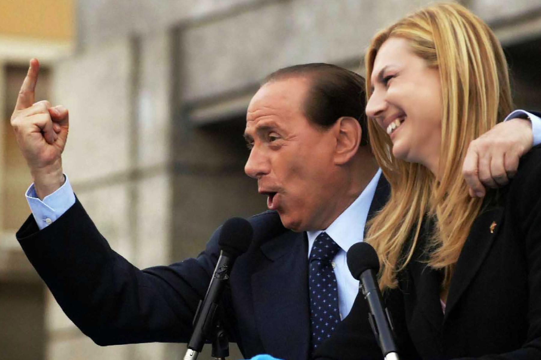 Zum FremdschämenSVP geht Bündnis mit Berlusconi und Biancofiore ein